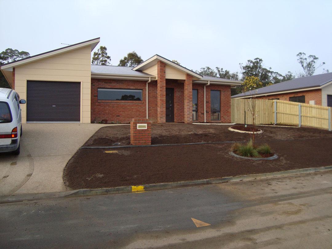 Tasmanian home designs homemade ftempo for Mud brick kit homes